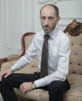 """О """"подводных камнях"""" и юридических тонкостях при оформлении кредита рассказал адвокат Илья Рейзер"""