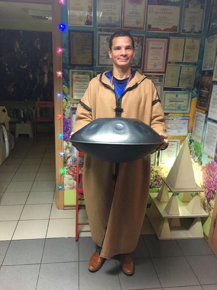 Волшебник из детского дома: Рафаэль Заманов рассказывает о себе и о том, как он попал в число самых лучших целителей России