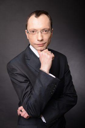 Экстрасенс Денис Широков: легко ли научится волшебству?