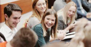 Эксперты уверены, что снижение возраста самозанятых увеличит интерес к молодежному бизнесу
