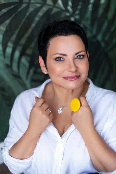 Научиться работать с Таро онлайн: интервью с Натальей Росс
