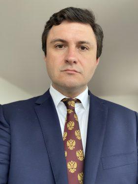 Александр Зорин: С Новым годом, дорогие дамы!